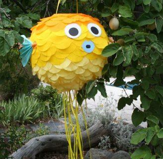 Como hacer piñatas de animales marinos fácilmente.