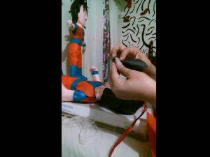 Como hacer piñatas de goku 12