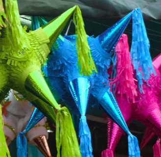 Como hacer piñatas artesanales mexicana en simples pasos.