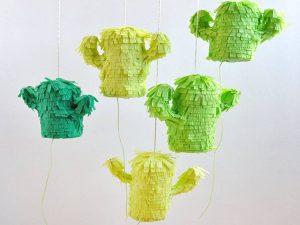 como hacer una piñata casera 5
