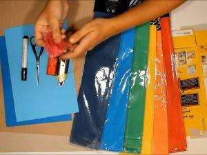 como hacer piñatas con tiras de carton 1