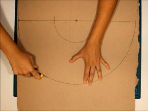 como hacer piñatas con tiras de carton 3