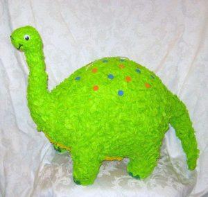 como hacer piñatas de dinosaurios