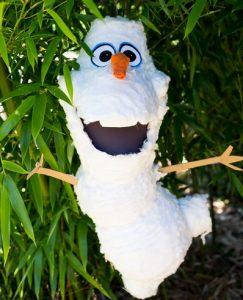 como hacer piñatas de frozen 8