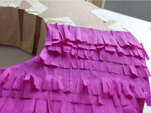 como hacer piñatas de numeros 10
