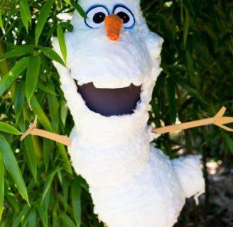 Como hacer piñatas de Olaf, creando un efecto nieve.