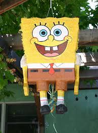 como hacer una piñata de bob esponja