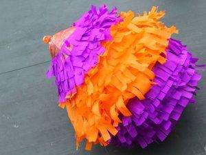 como hacer una piñata facil 11