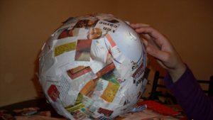 como hacer una piñata redonda
