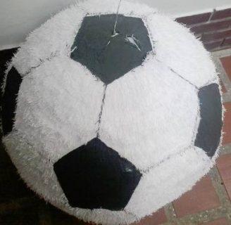 Como hacer una piñata redonda, con forma de balón.