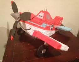 Como hacer piñatas de aviones fácilmente en casa