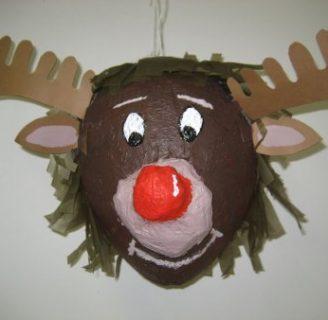 Cómo hacer piñatas navideñas de renos de una manera sencilla